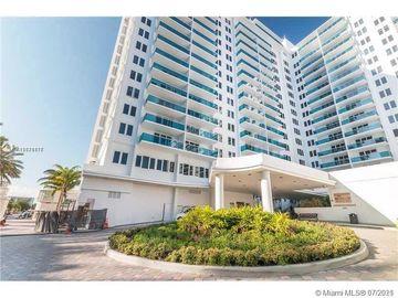 2301 Collins Ave #330, Miami Beach, FL, 33139,