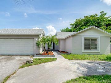5921 NW 193rd St, Hialeah, FL, 33015,