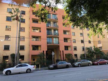 546 SW 1st St #408-B, Miami, FL, 33130,