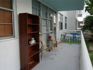 301 174th St #L02, Sunny Isles Beach, FL, 33160,