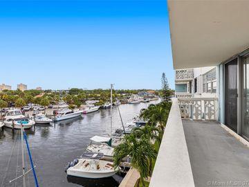 13155 Ixora Ct #406, North Miami, FL, 33181,