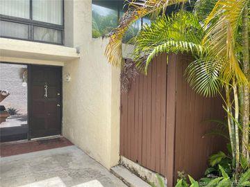 19300 NE 25th Ave #214C, Miami, FL, 33180,