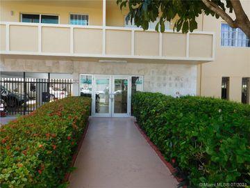 730 Pennsylvania Ave #206, Miami Beach, FL, 33139,