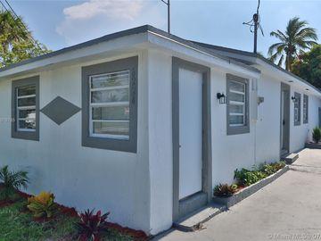 8224 NW 1st Pl, Miami, FL, 33150,
