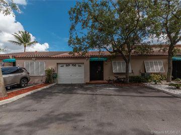 8408 Rednock Ln #8408, Miami Lakes, FL, 33016,