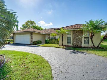 1048 NW 99th Ave, Plantation, FL, 33322,