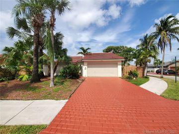 9215 SW 151st Ct, Miami, FL, 33196,