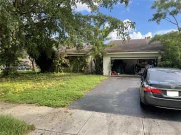 11901 Sailboat Dr, Cooper City, FL, 33026,