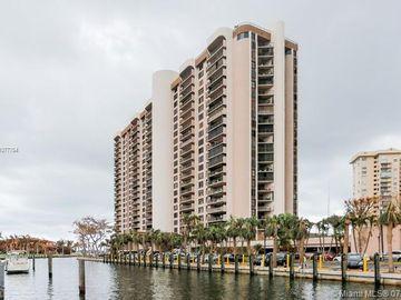 1800 NE 114th St #811, Miami, FL, 33181,