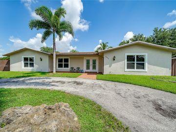 10661 NW 17th Pl, Pembroke Pines, FL, 33026,