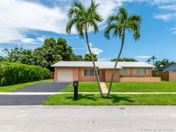 10411 NW 21st St, Pembroke Pines, FL, 33026,