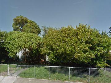 547 NW 49th St, Miami, FL, 33127,