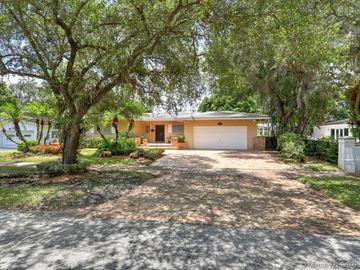 6810 Gratian St, Coral Gables, FL, 33146,