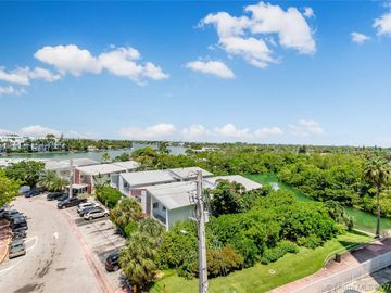 7441 Wayne Ave #5B, Miami Beach, FL, 33141,
