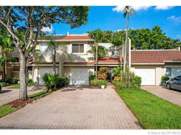 10208 NW 52nd Ter, Doral, FL, 33178,