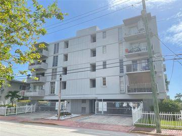 8305 Crespi Blvd #2D, Miami Beach, FL, 33141,