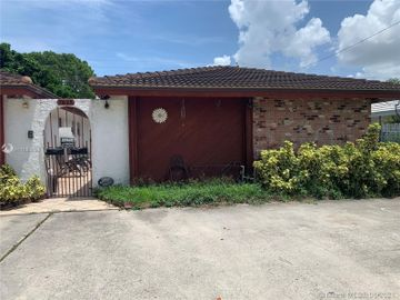 7825 NW 39th Ct, #B, Coral Springs, FL, 33065,