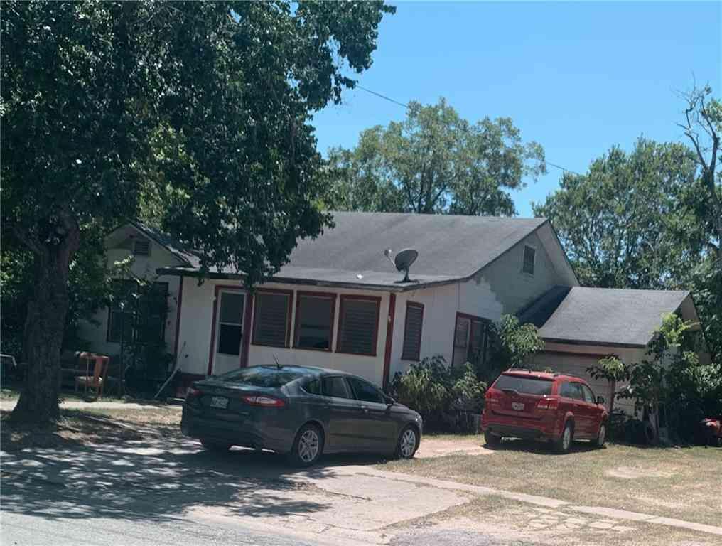 111 N Cedar Ave, Luling, TX, 78648,