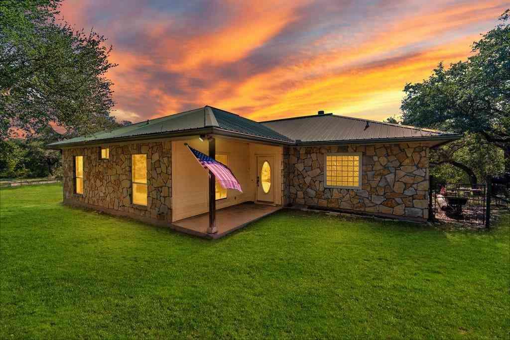 212 Twin Creek RD, Dripping Springs, TX, 78620,