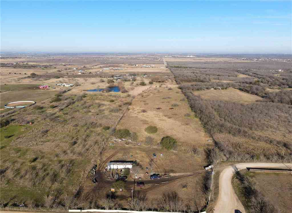 1855 Homann RD, Dale, TX, 78616,
