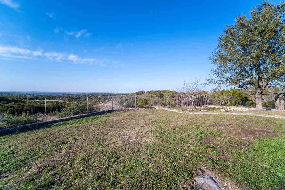 201 Spring Creek RD, Dripping Springs, TX, 78620,