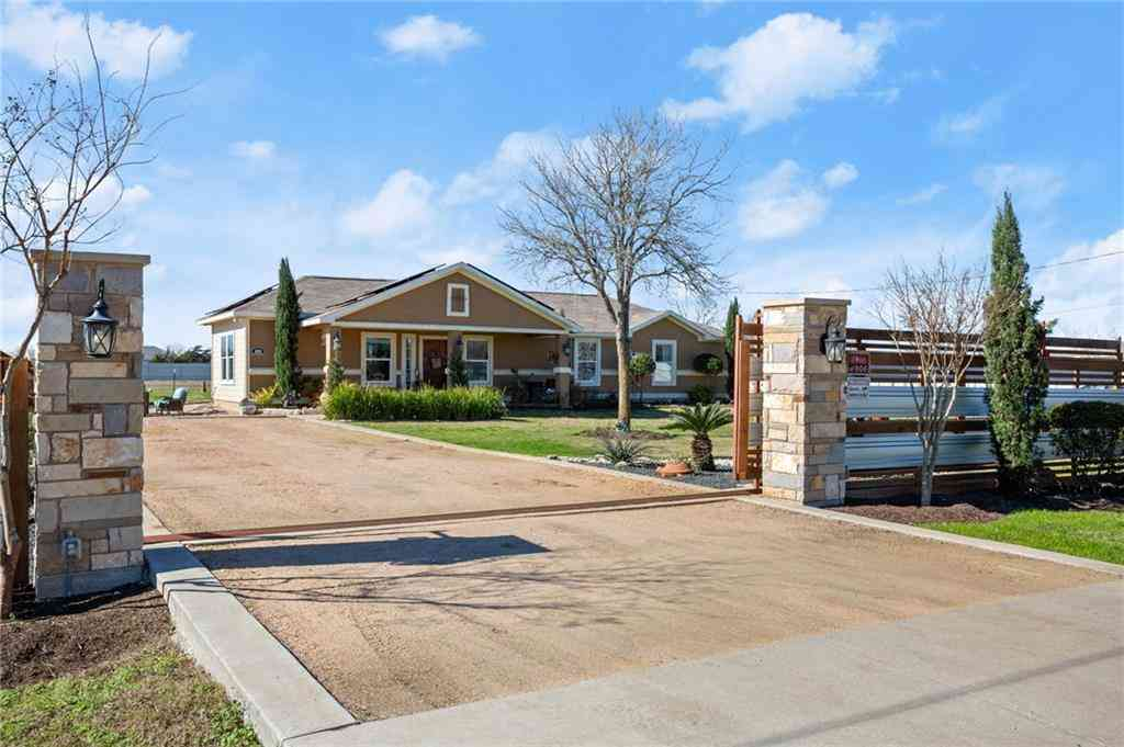 143 Forest Lake DR, Del Valle, TX, 78617,