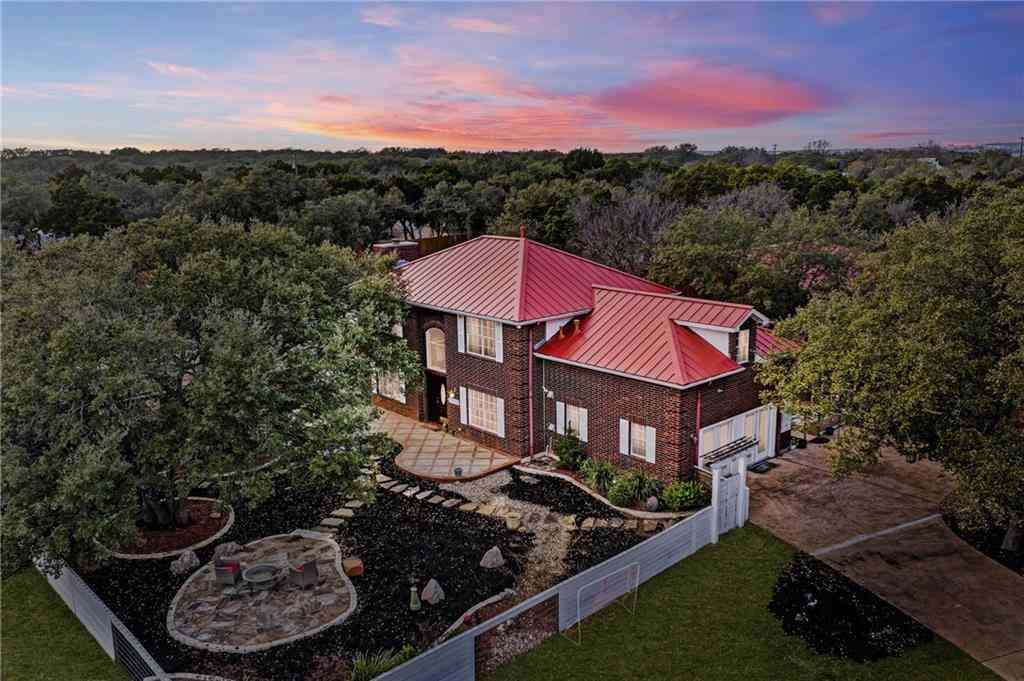 102 County Road 180, Leander, TX, 78641,