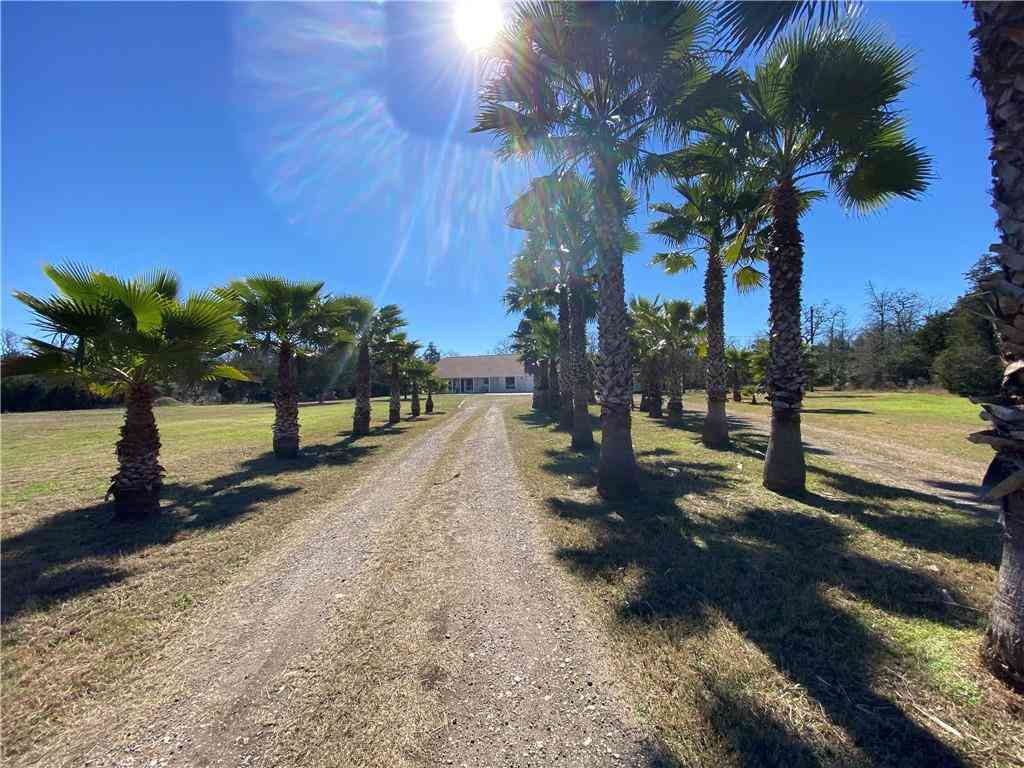 1167 Old Pin Oak RD #2, Paige, TX, 78659,