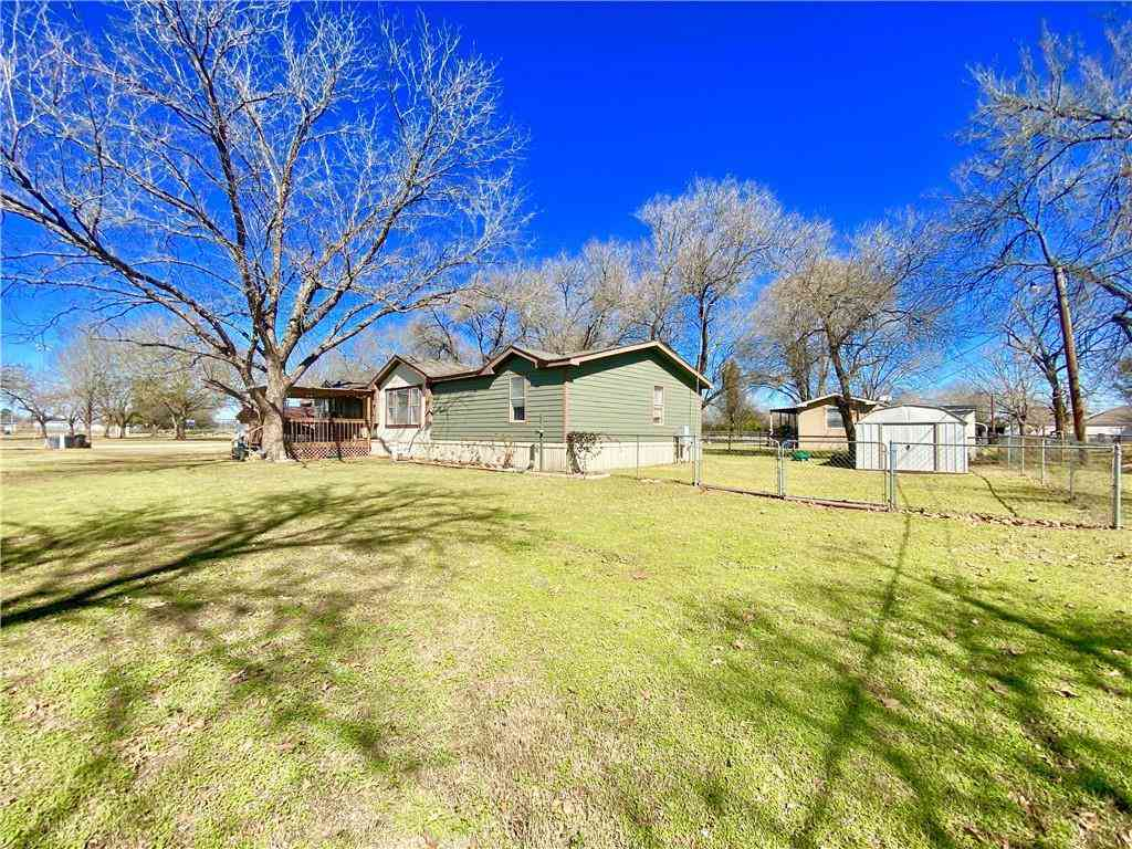 1100 SE 1st ST, Smithville, TX, 78957,