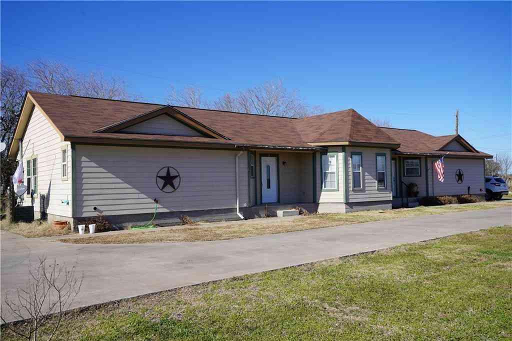 1310 S Medina ST, Lockhart, TX, 78644,