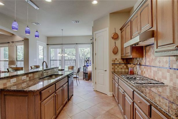 13501 Country Trails LN
