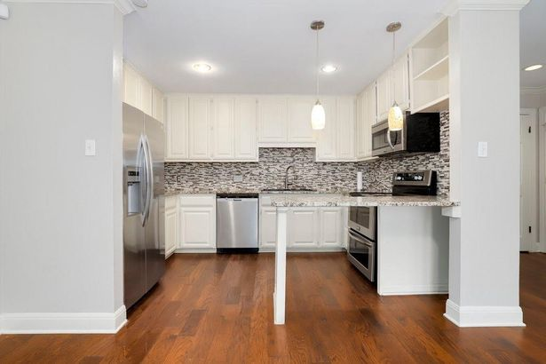2500 Steck Ave #35