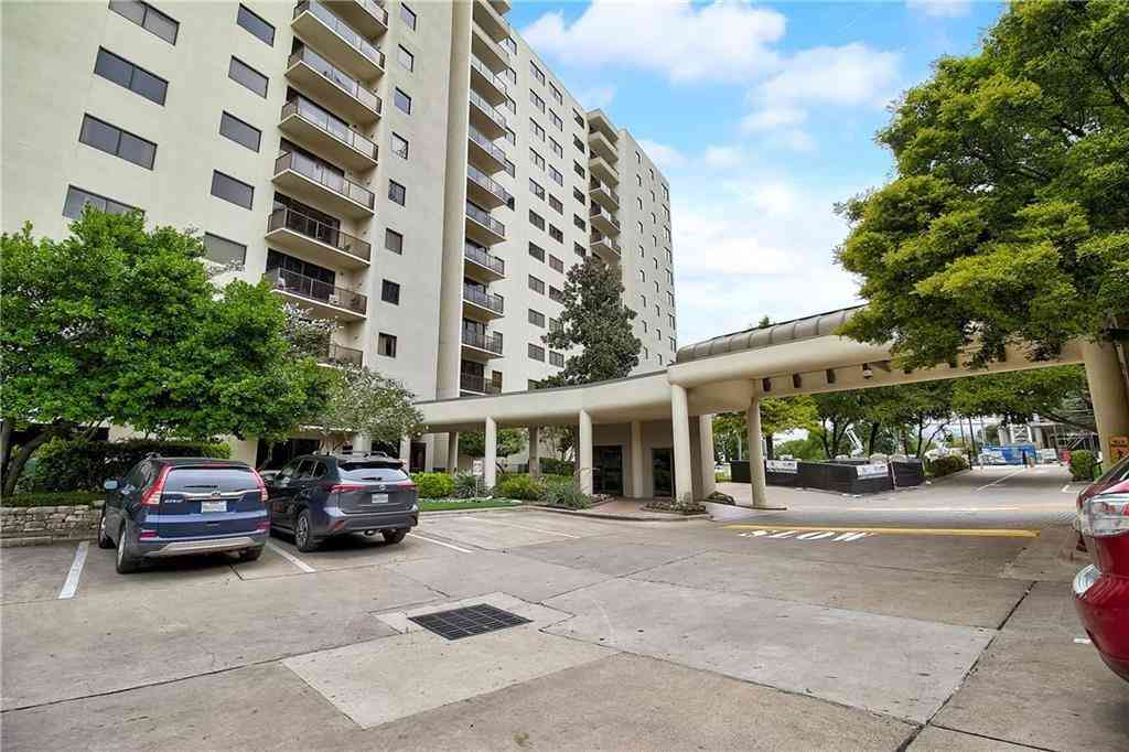 40 N Interstate 35 Highway #5A2, Austin, TX, 78701,