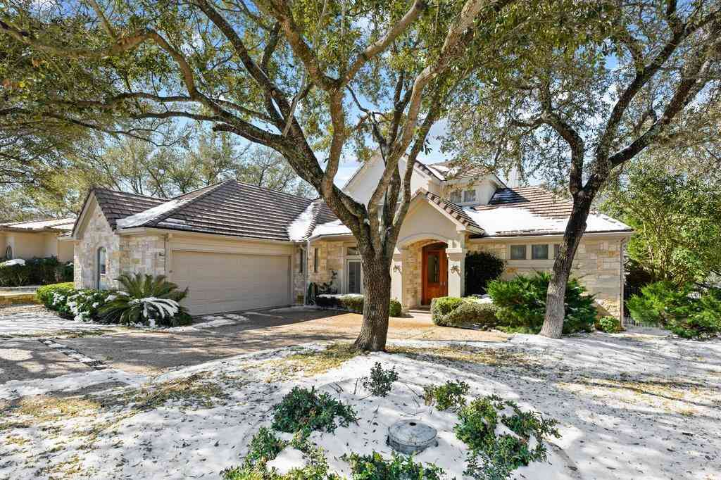 21 Waterfall DR, The Hills, TX, 78738,