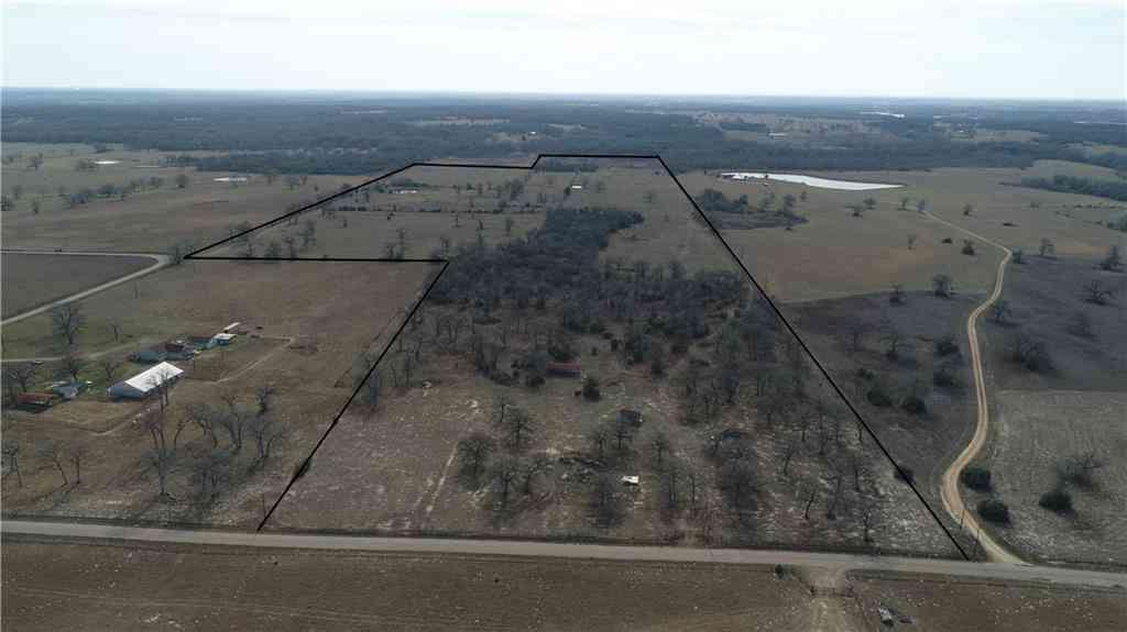 2016 County Road 412, Lexington, TX, 78947,