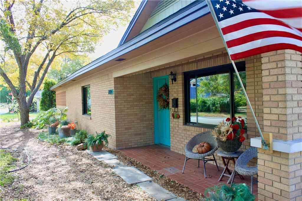 1704 S Church ST, Georgetown, TX, 78626,