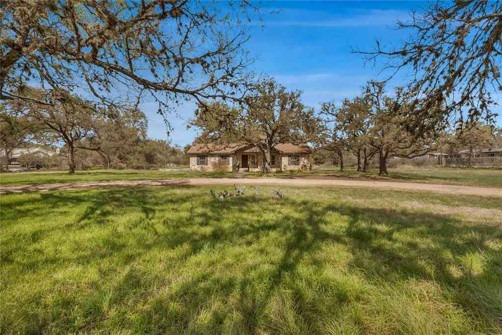 108 Booth DR, San Marcos, TX, 78666,