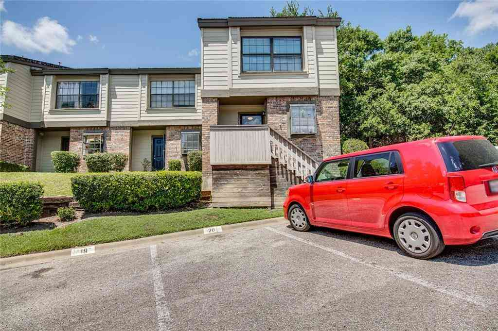1804 Capital PKWY #21, Austin, TX, 78746,