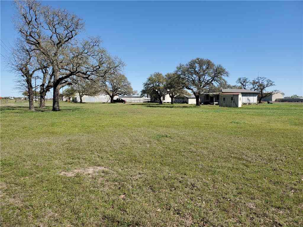 5368 E HWY 290, Giddings, TX, 78942,