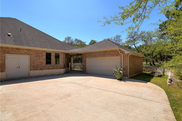 10906 Little Thicket RD