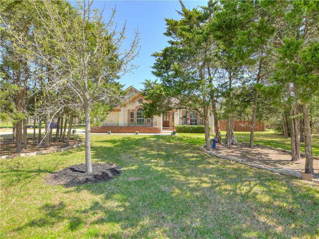 120 W Oak LOOP, Cedar Creek, TX, 78612,