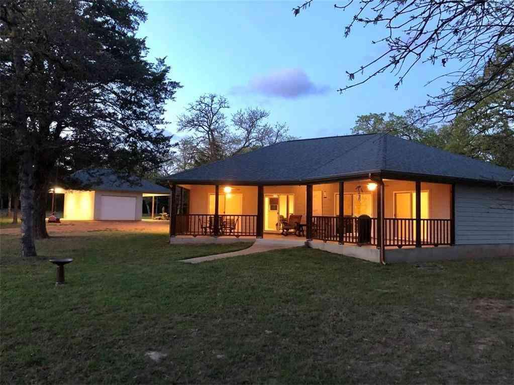 1217 Peach Creek RD, Waelder, TX, 78959,