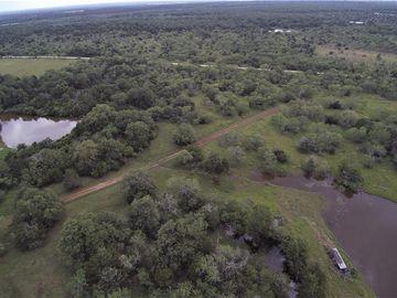 895 Patterson RD, Flatonia, TX, 78941,