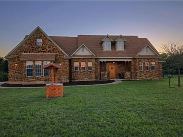 576 Chama TRCE, Dripping Springs, TX, 78620,