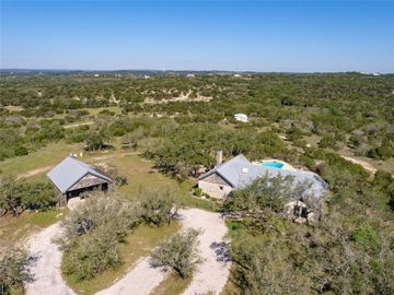 1111 Hays Country Acres RD, Dripping Springs, TX, 78620,