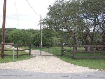 581 Miss Donna LN, Dripping Springs, TX, 78620,