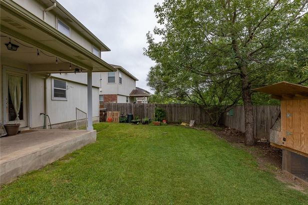 505 Grey Feather CT