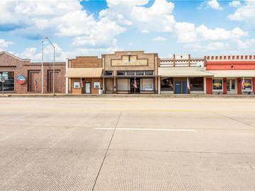 164 W Austin ST, Giddings, TX, 78942,