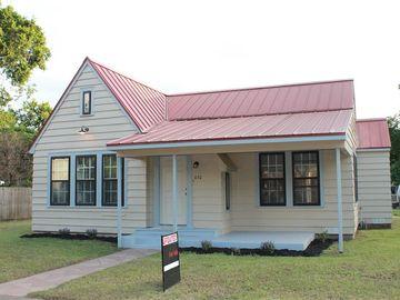 430 S Franklin ST, La Grange, TX, 78945,