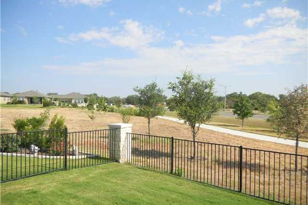 243 Monument Hill TRL